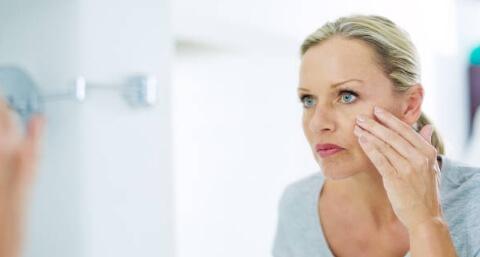 биоретин крем стяга кожата - жена и огледало