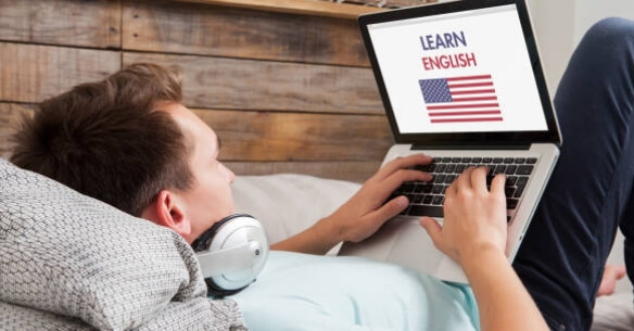 Ling Fluent Learn English on Laptop