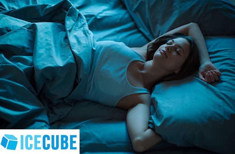 Ice Cube, спяща жена