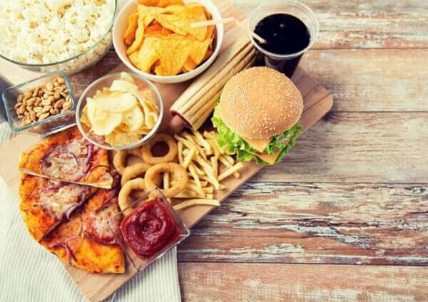 вредна храна, пица, хамбургер