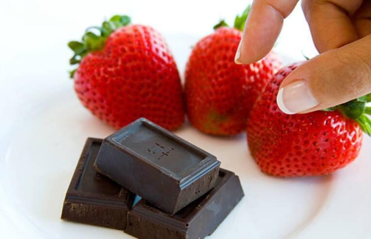 ягоди, шоколад