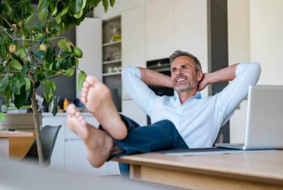 Мъж, крака без гъбички