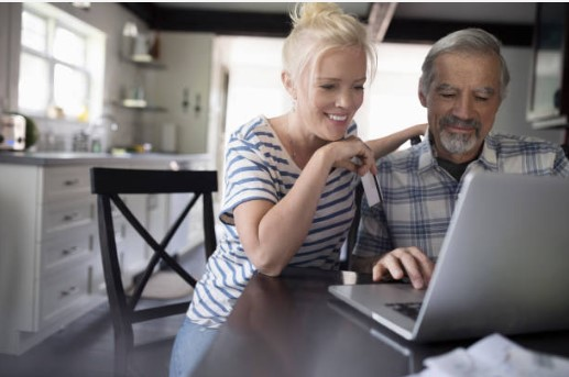 мъж, жена, лаптоп