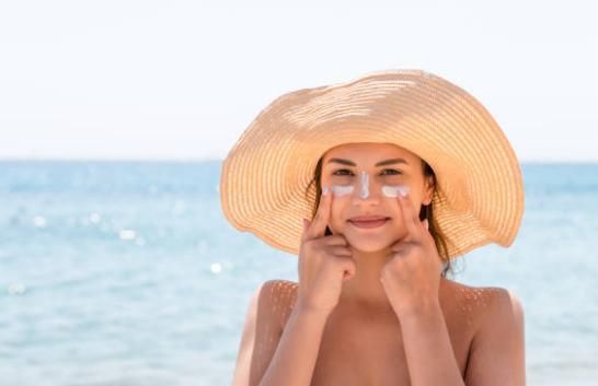 грижа за лице, плаж