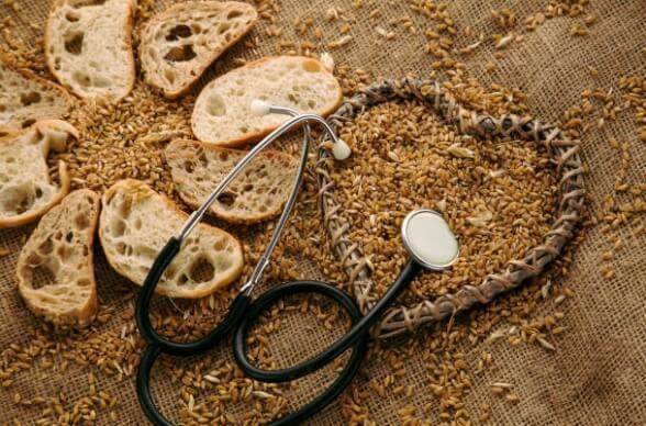 глутен, сърце, хляб