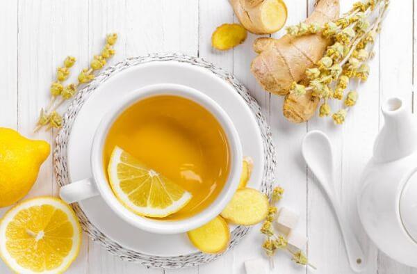 Джинджифил чай с лимон